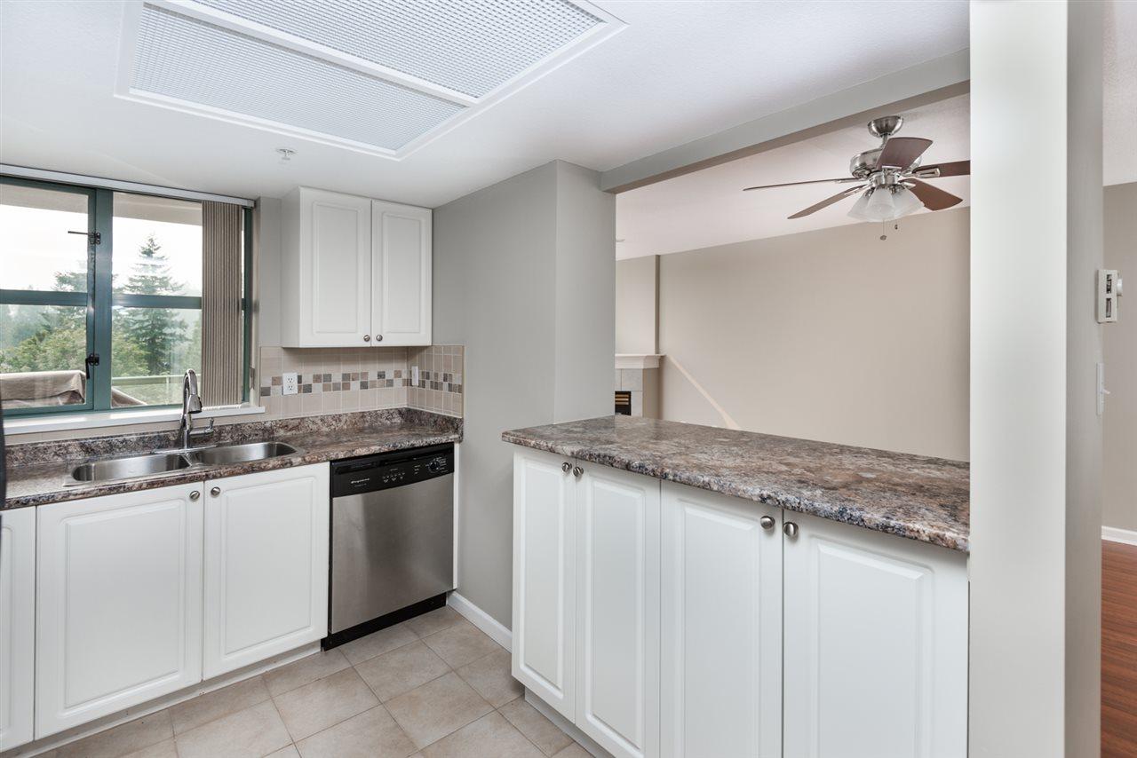 Condo Apartment at 1202 200 NEWPORT DRIVE, Unit 1202, Port Moody, British Columbia. Image 8