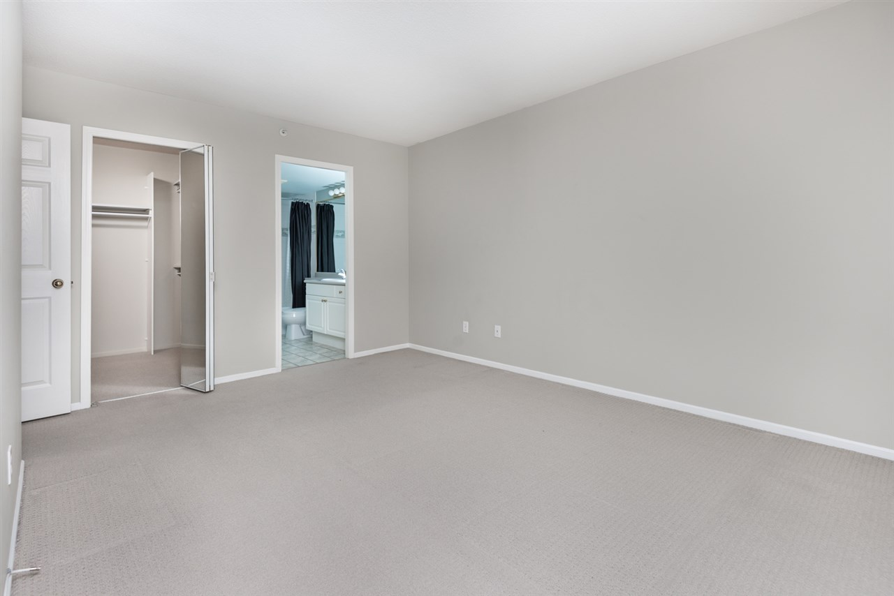 Condo Apartment at 1202 200 NEWPORT DRIVE, Unit 1202, Port Moody, British Columbia. Image 10