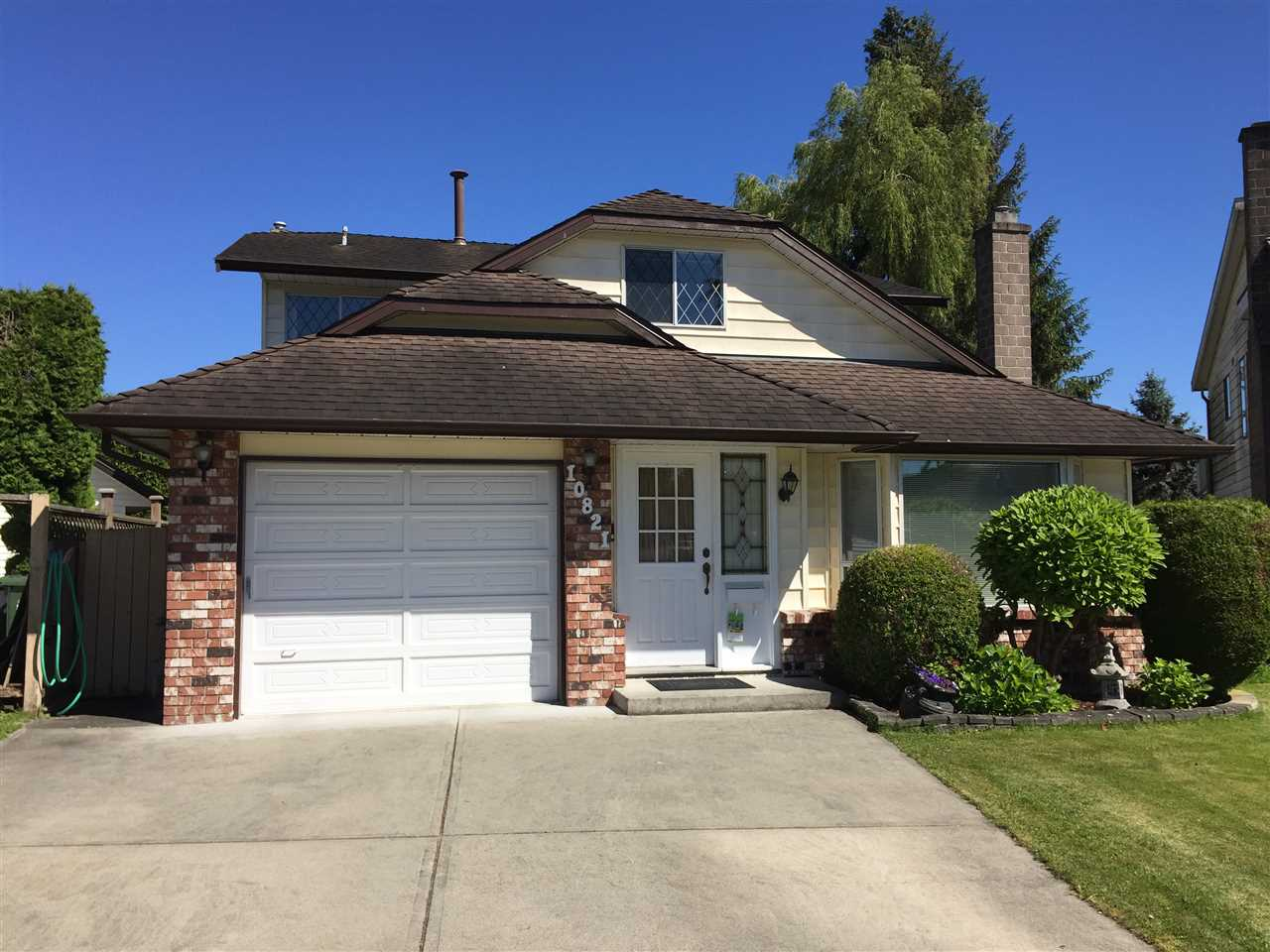 Detached at 10821 HOLLYMOUNT DRIVE, Richmond, British Columbia. Image 1