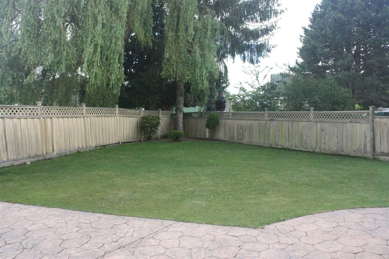 Detached at 10821 HOLLYMOUNT DRIVE, Richmond, British Columbia. Image 16