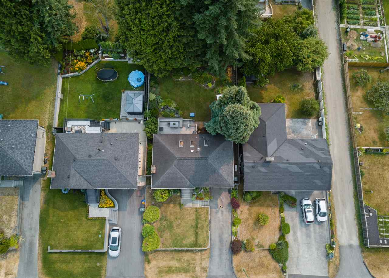 Detached at 1740 HOWARD AVENUE, Burnaby North, British Columbia. Image 19