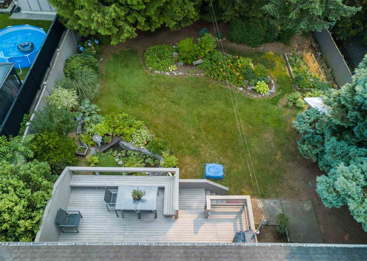 Detached at 1740 HOWARD AVENUE, Burnaby North, British Columbia. Image 20