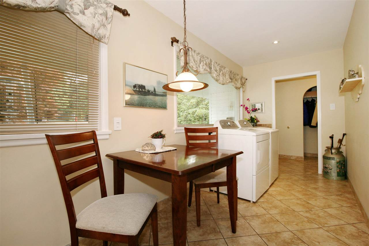 Detached at 18048 58A AVENUE, Cloverdale, British Columbia. Image 4