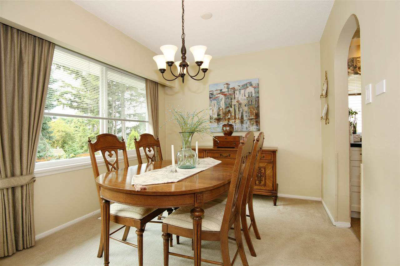 Detached at 18048 58A AVENUE, Cloverdale, British Columbia. Image 6