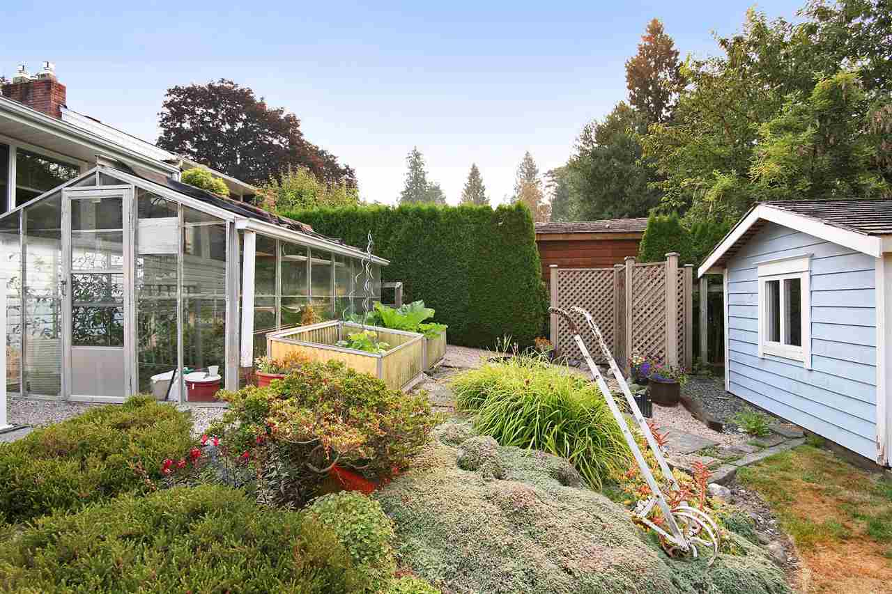 Detached at 18048 58A AVENUE, Cloverdale, British Columbia. Image 17