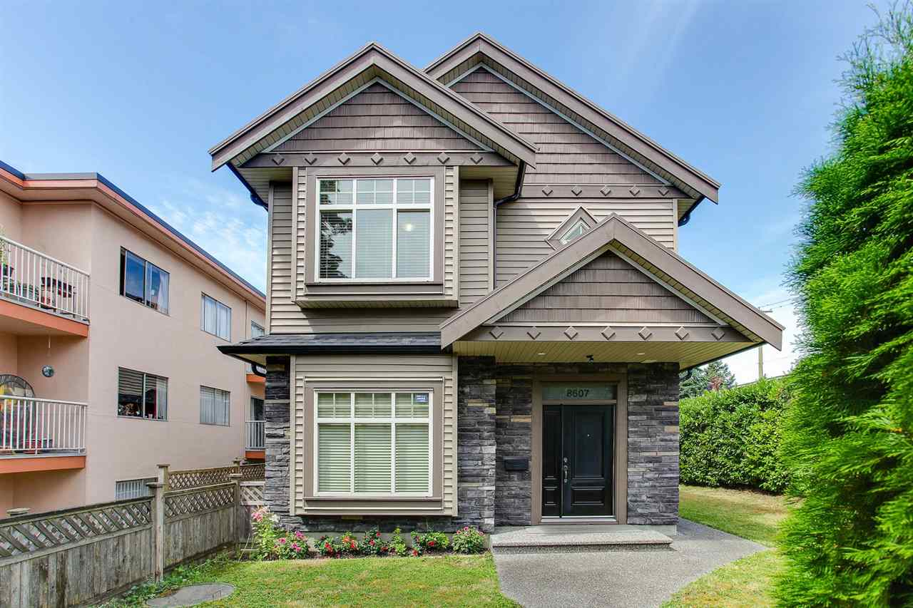 Half-duplex at 8607 HEATHER STREET, Vancouver West, British Columbia. Image 1