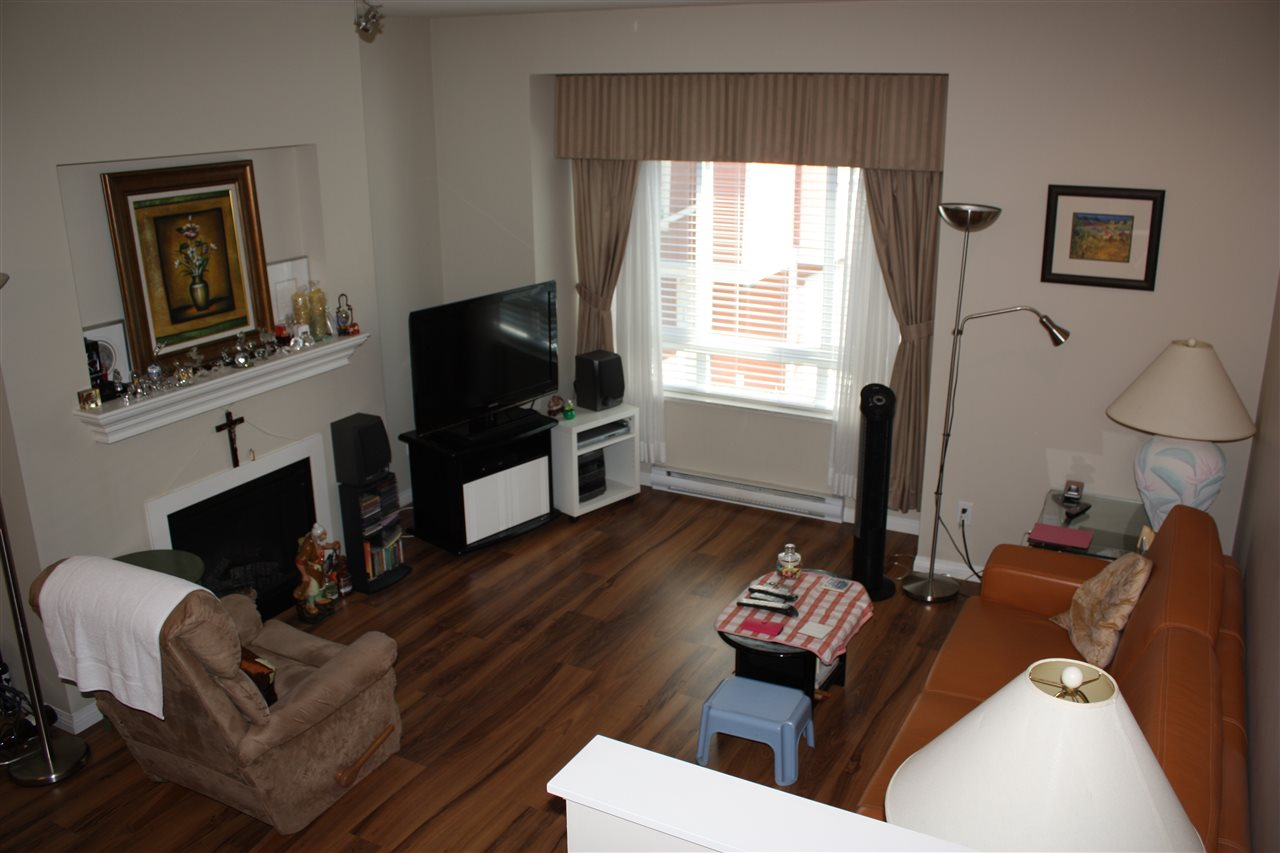 Townhouse at 28 9308 KEEFER AVENUE, Unit 28, Richmond, British Columbia. Image 3