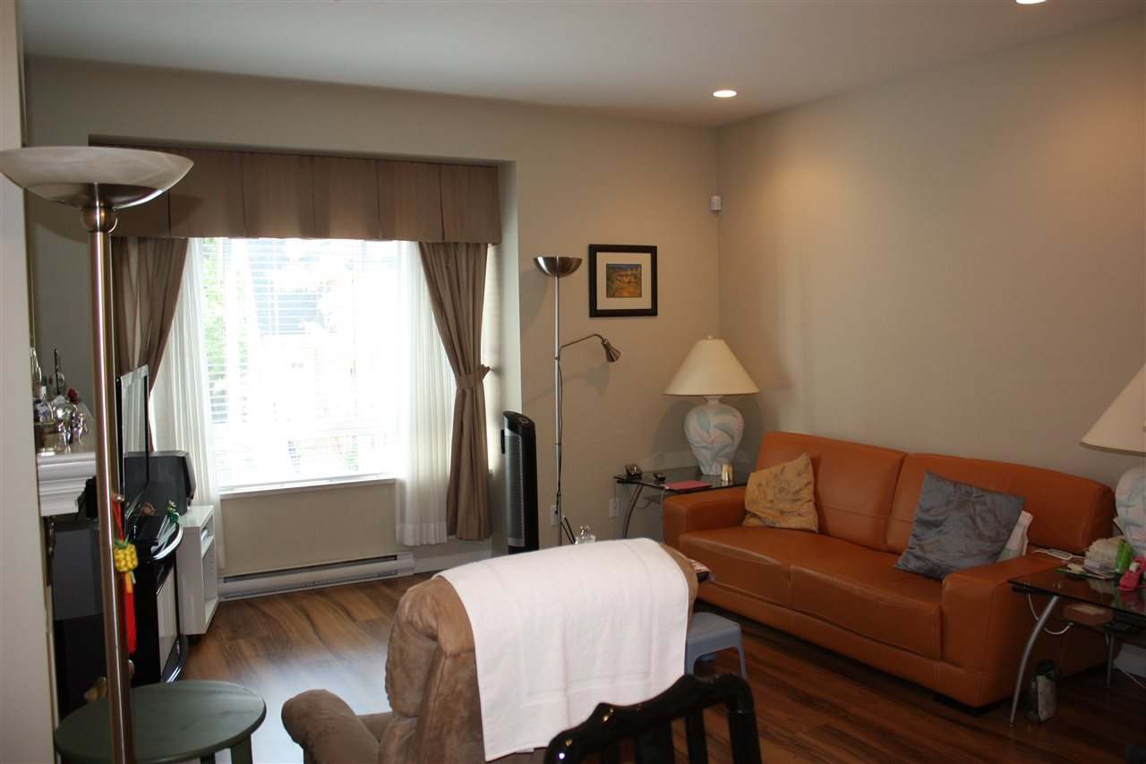 Townhouse at 28 9308 KEEFER AVENUE, Unit 28, Richmond, British Columbia. Image 4