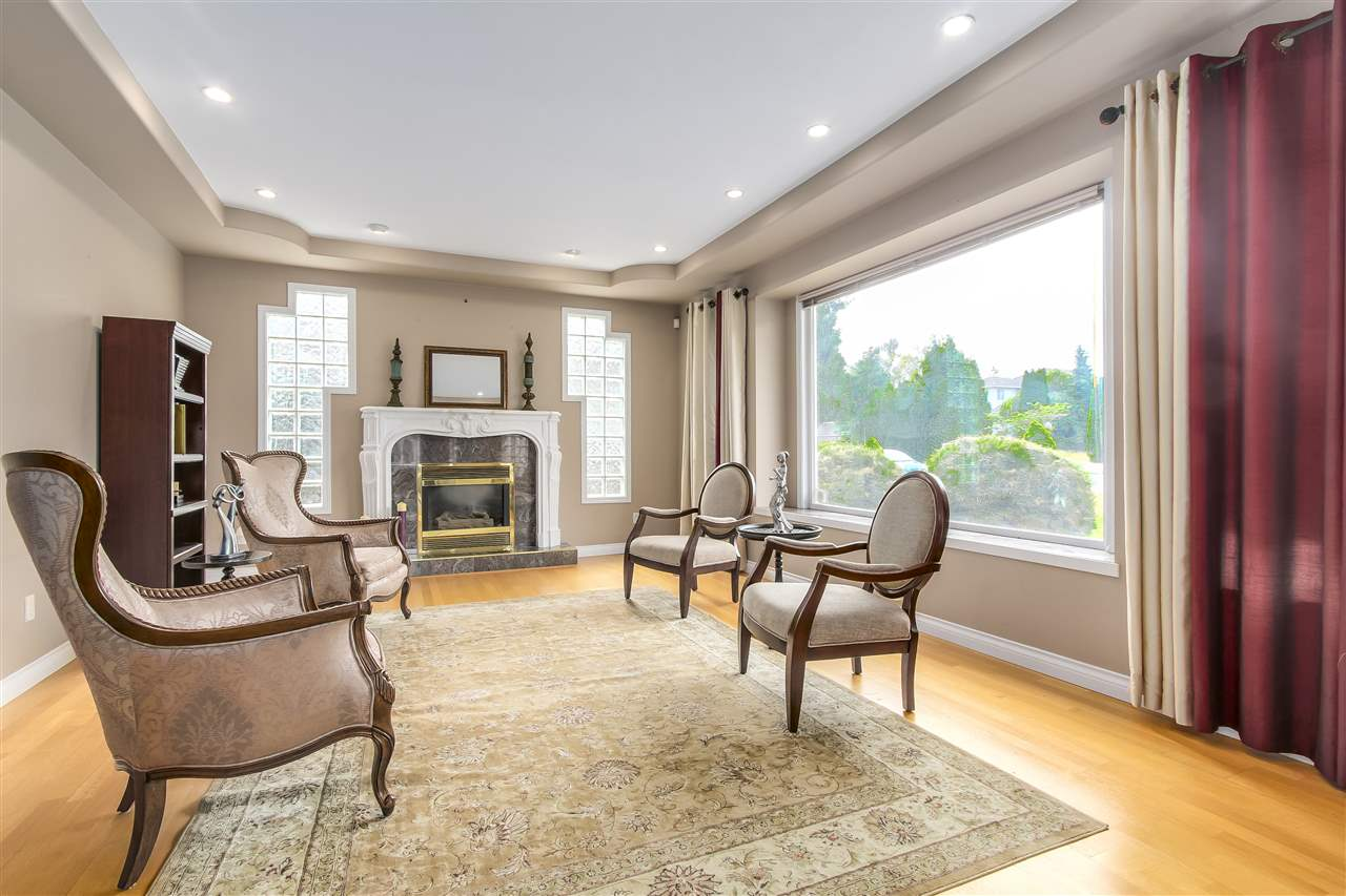 Detached at 9139 MONA AVENUE, Burnaby East, British Columbia. Image 3