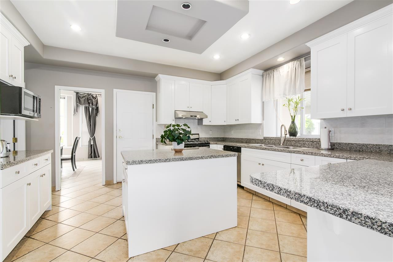 Detached at 9139 MONA AVENUE, Burnaby East, British Columbia. Image 6