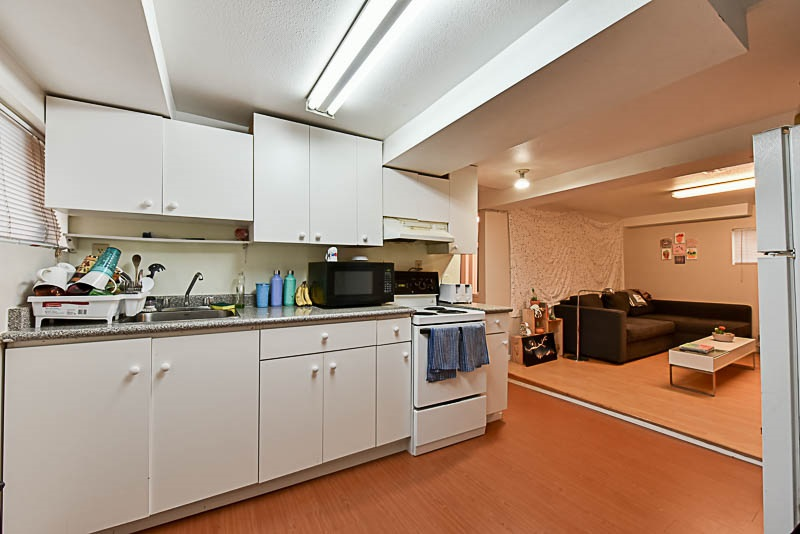 Detached at 881 E 64TH AVENUE, Vancouver East, British Columbia. Image 11