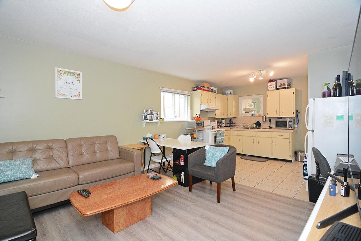 Detached at 21 FELL AVENUE, Burnaby North, British Columbia. Image 18