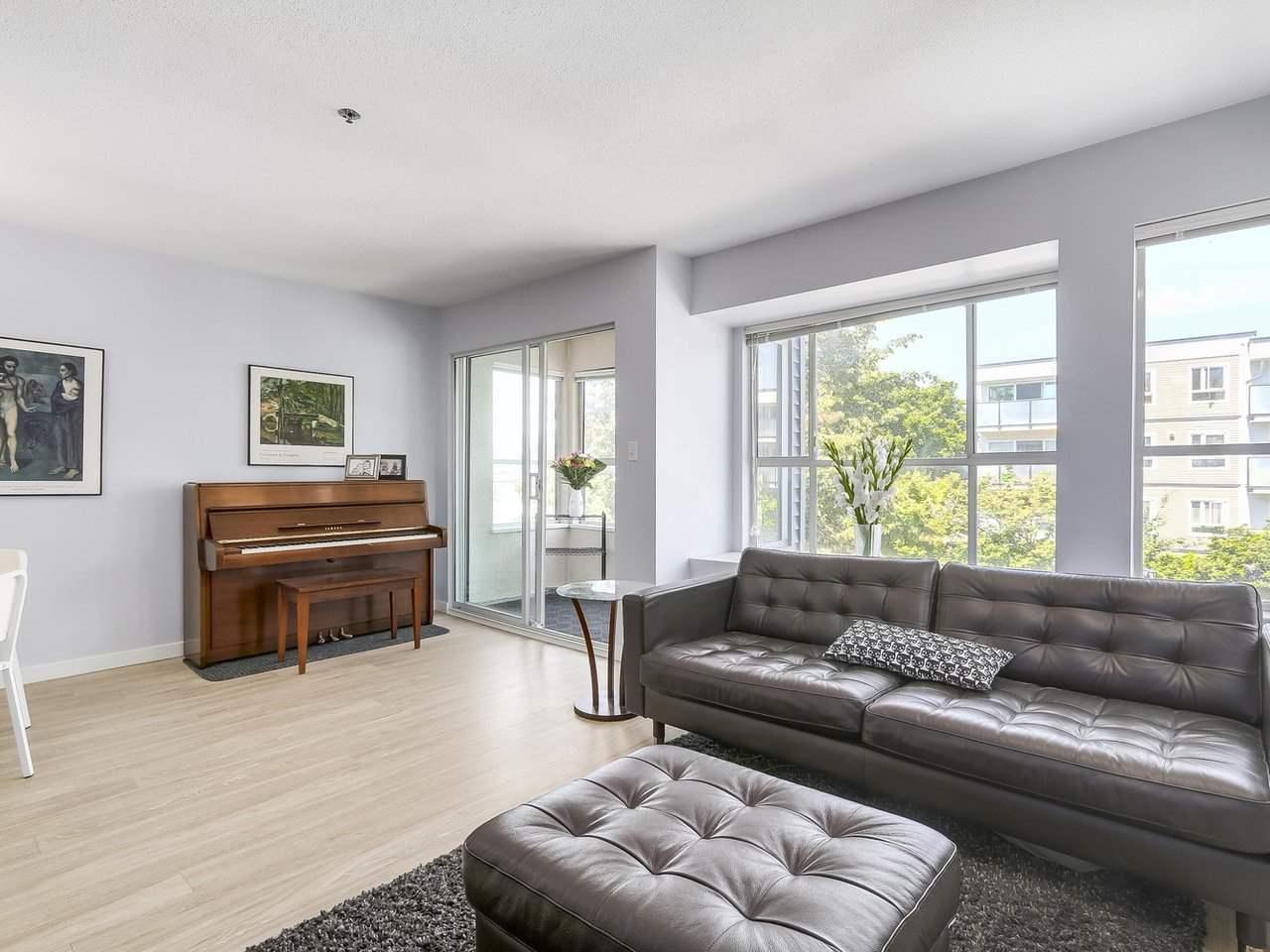 Condo Apartment at 301 120 GARDEN DRIVE, Unit 301, Vancouver East, British Columbia. Image 3