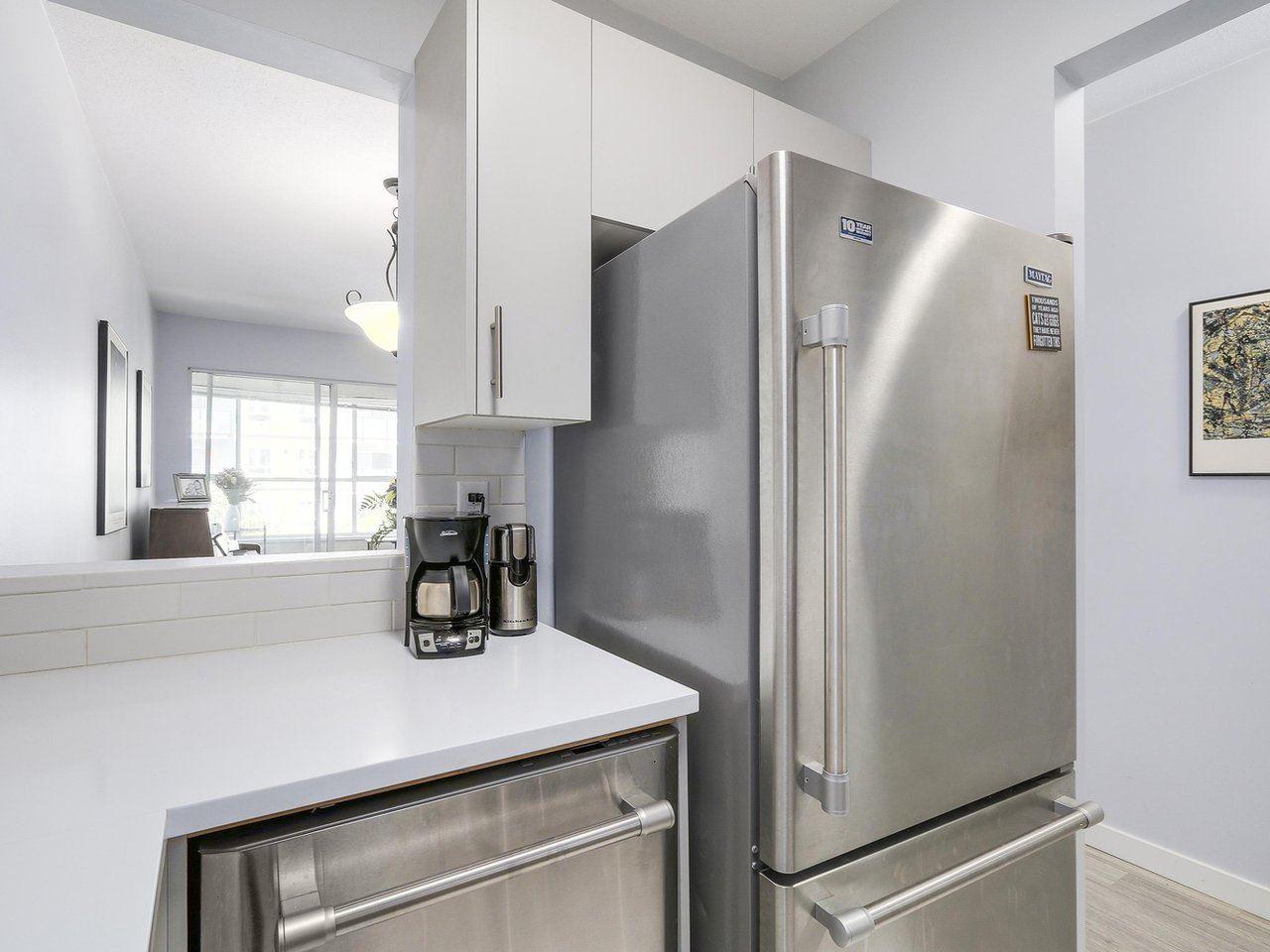 Condo Apartment at 301 120 GARDEN DRIVE, Unit 301, Vancouver East, British Columbia. Image 11