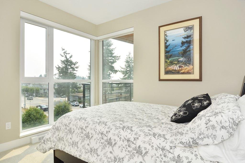 Condo Apartment at 306 1420 JOHNSTON ROAD, Unit 306, South Surrey White Rock, British Columbia. Image 11