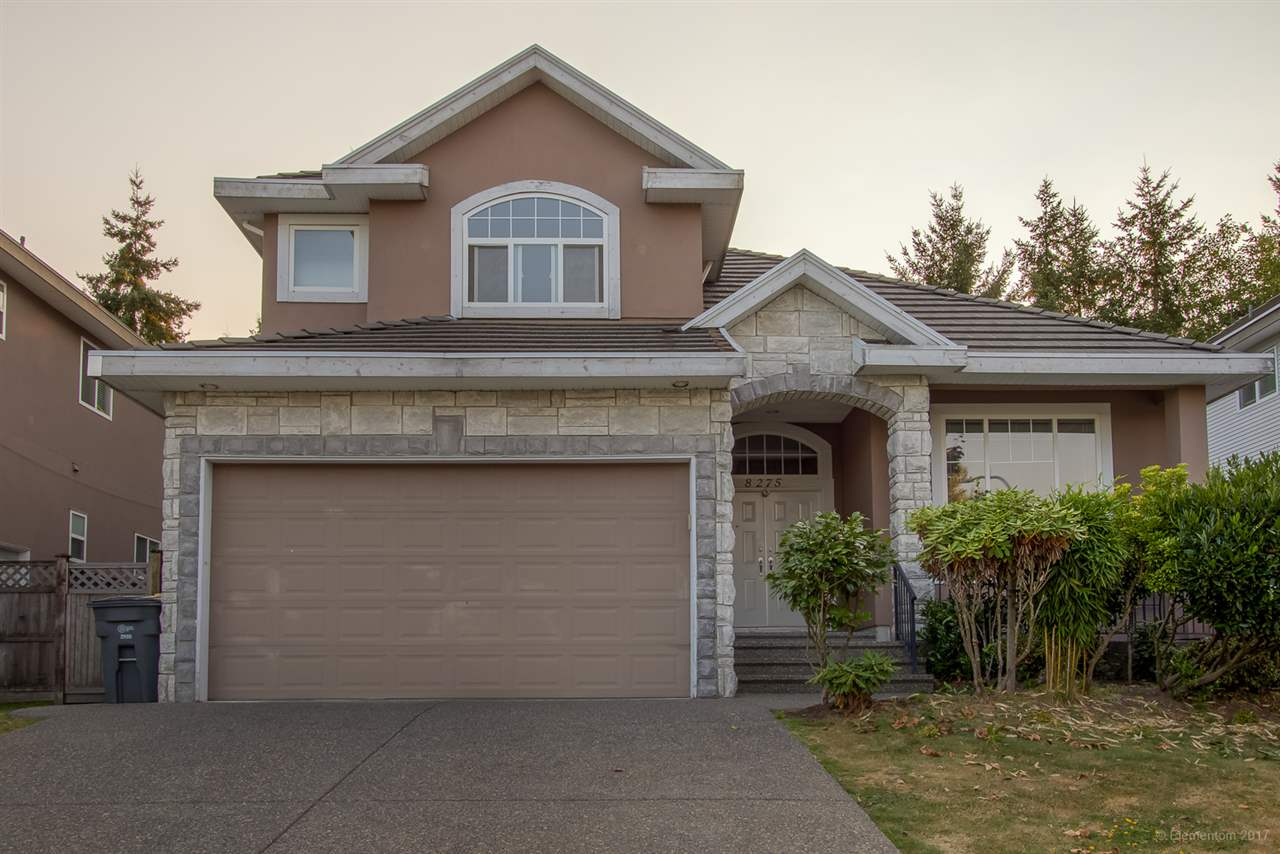 Detached at 8275 167A STREET, Surrey, British Columbia. Image 19