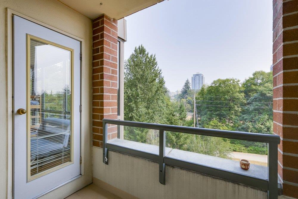 Condo Apartment at 502 6837 STATION HILL DRIVE, Unit 502, Burnaby South, British Columbia. Image 11