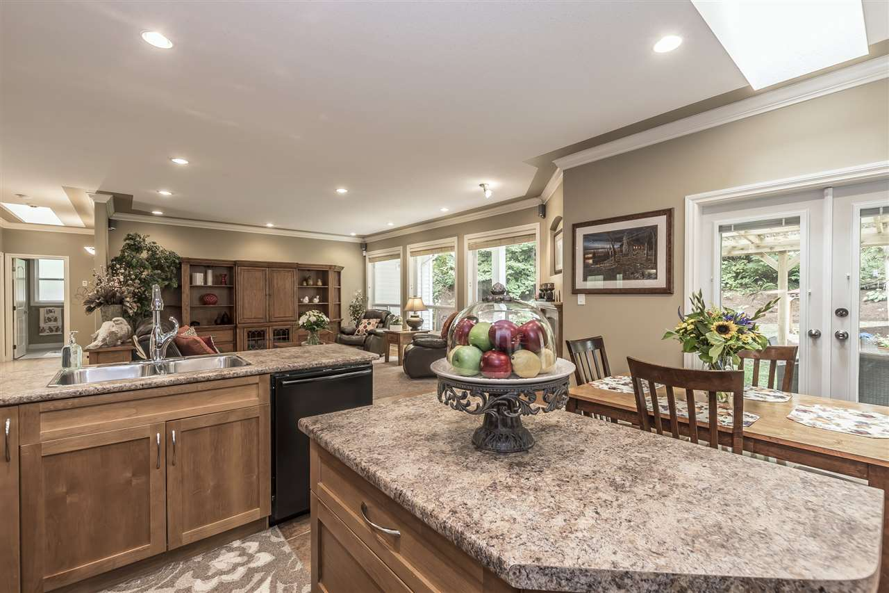 Detached at 10211 GRAY ROAD, Rosedale, British Columbia. Image 6