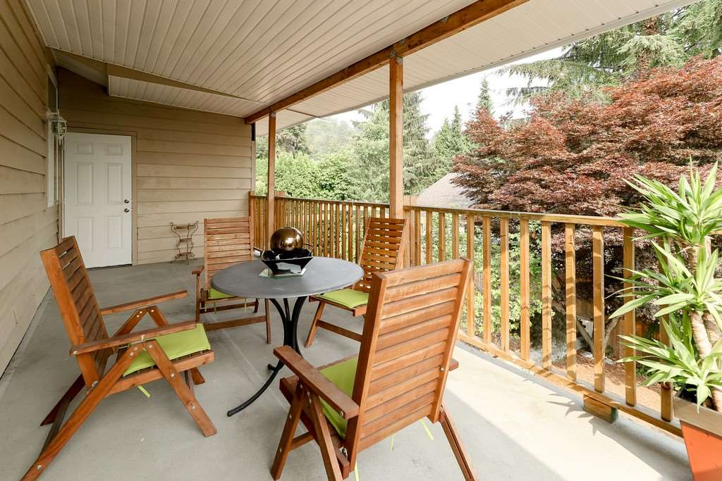 Detached at 1271 STEEPLE DRIVE, Coquitlam, British Columbia. Image 10