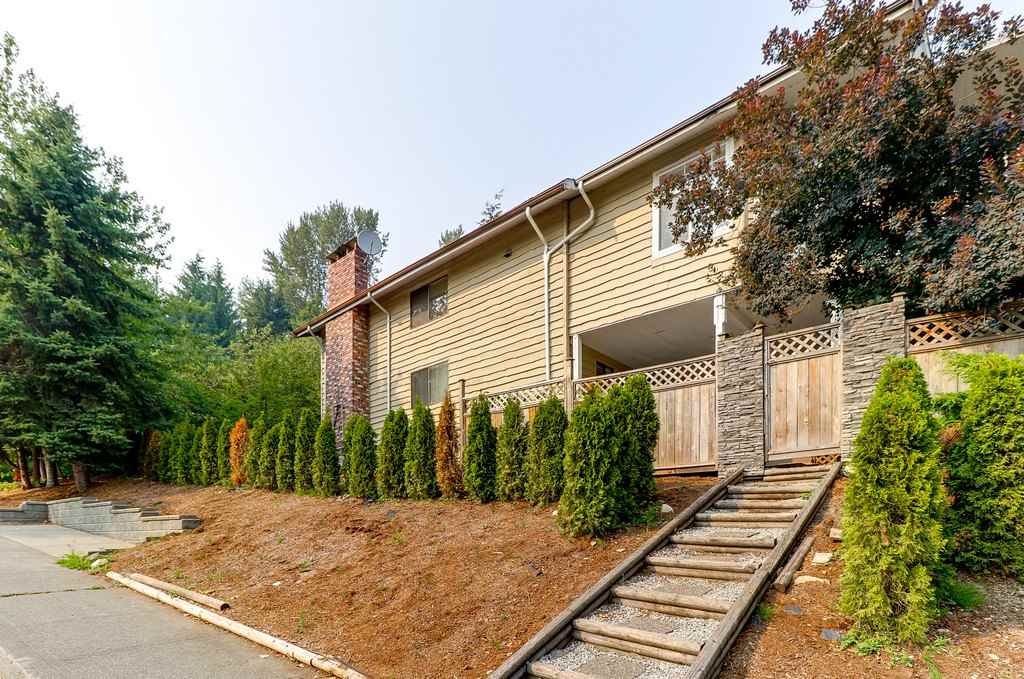 Detached at 1271 STEEPLE DRIVE, Coquitlam, British Columbia. Image 20