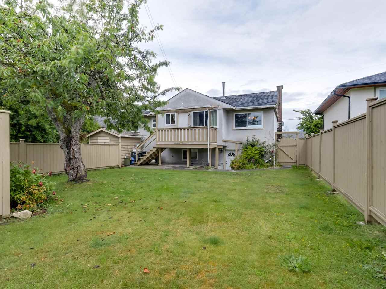 Detached at 6926 CARNEGIE STREET, Burnaby North, British Columbia. Image 20