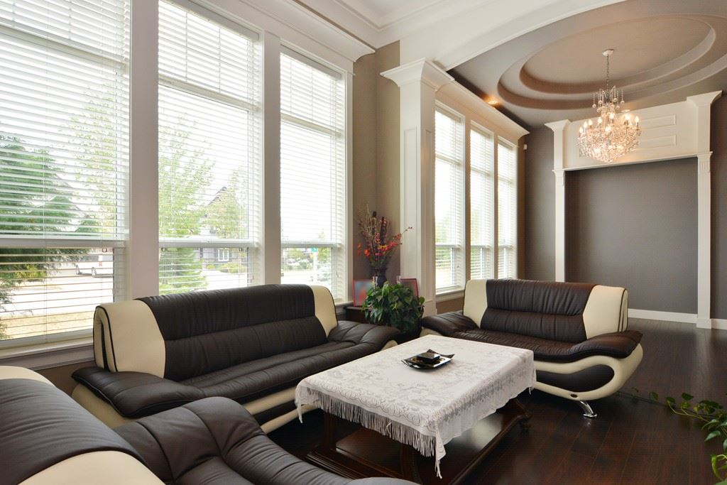 Detached at 2912 153A STREET, South Surrey White Rock, British Columbia. Image 3