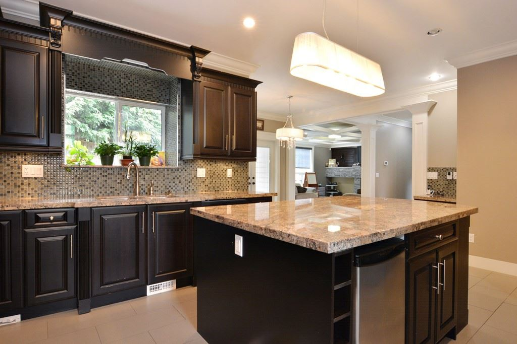 Detached at 2912 153A STREET, South Surrey White Rock, British Columbia. Image 6