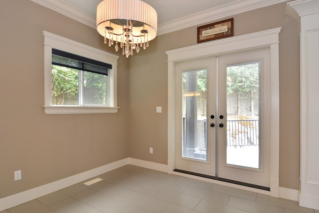 Detached at 2912 153A STREET, South Surrey White Rock, British Columbia. Image 8