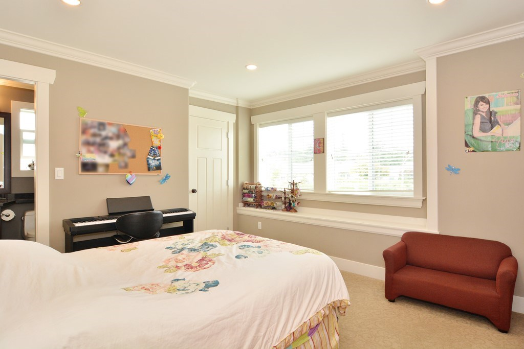 Detached at 2912 153A STREET, South Surrey White Rock, British Columbia. Image 11