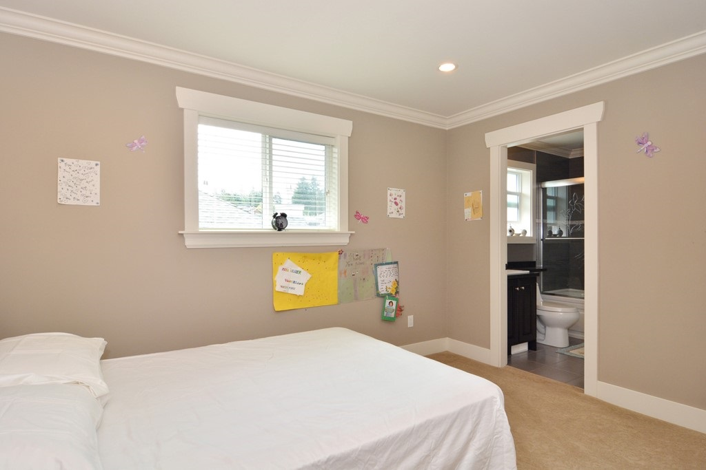 Detached at 2912 153A STREET, South Surrey White Rock, British Columbia. Image 13
