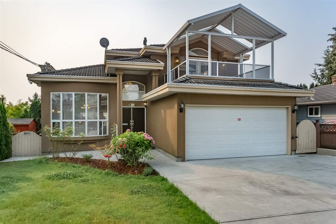 Detached at 2226 DUBLIN STREET, New Westminster, British Columbia. Image 1