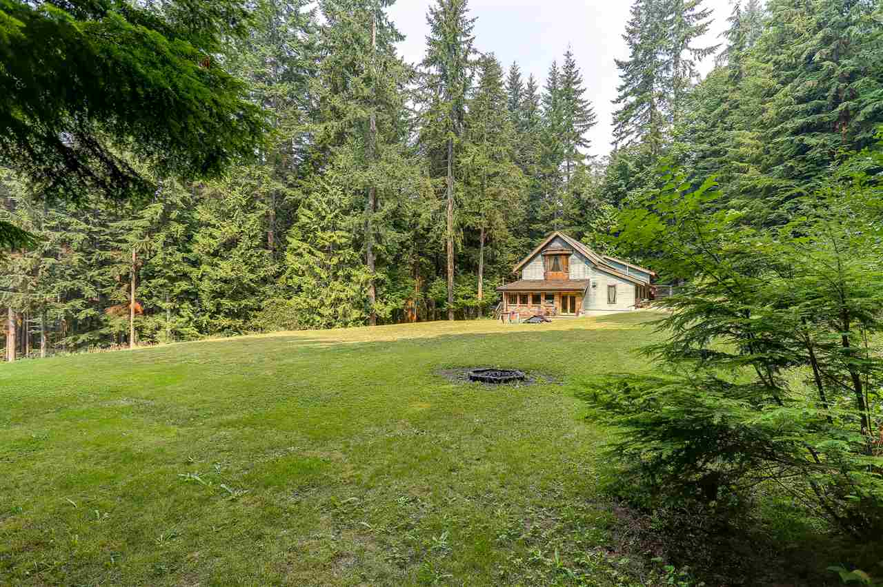 Detached at 12668 BLUE MOUNTAIN CRES, Maple Ridge, British Columbia. Image 20