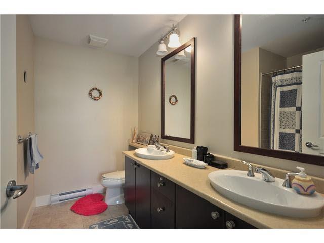 Condo Apartment at 314 6279 EAGLES DRIVE, Unit 314, Vancouver West, British Columbia. Image 9