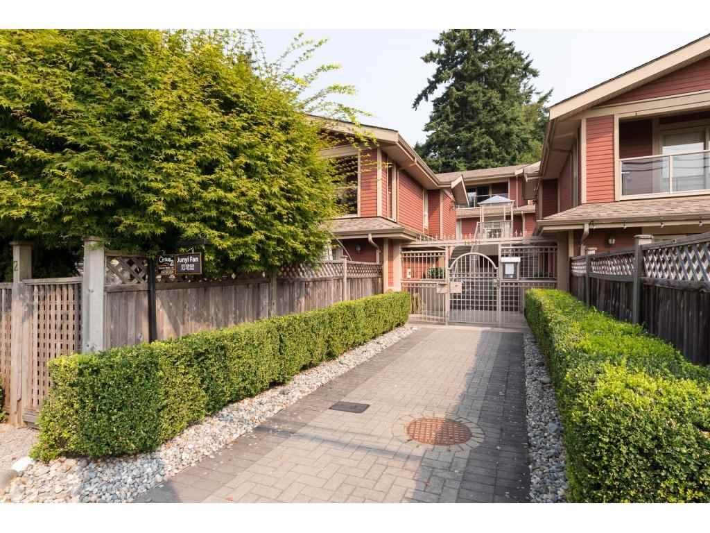Townhouse at 7 14921 THRIFT AVENUE, Unit 7, South Surrey White Rock, British Columbia. Image 1