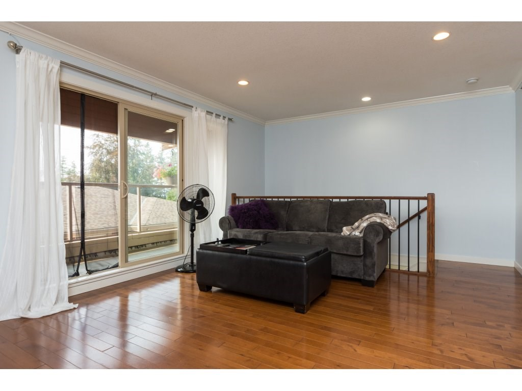 Townhouse at 7 14921 THRIFT AVENUE, Unit 7, South Surrey White Rock, British Columbia. Image 4