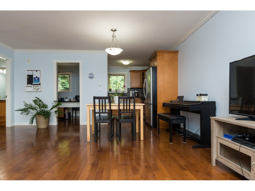 Townhouse at 7 14921 THRIFT AVENUE, Unit 7, South Surrey White Rock, British Columbia. Image 6