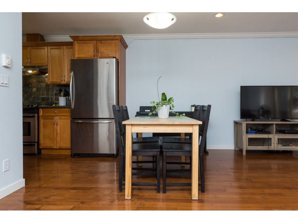 Townhouse at 7 14921 THRIFT AVENUE, Unit 7, South Surrey White Rock, British Columbia. Image 7