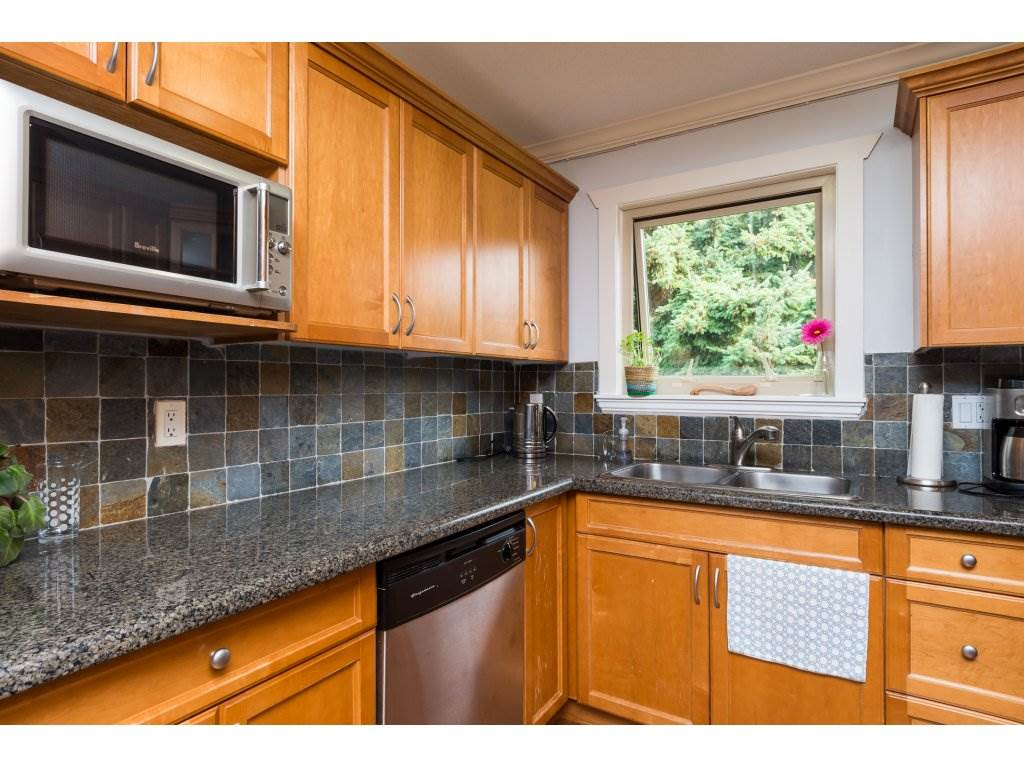 Townhouse at 7 14921 THRIFT AVENUE, Unit 7, South Surrey White Rock, British Columbia. Image 9