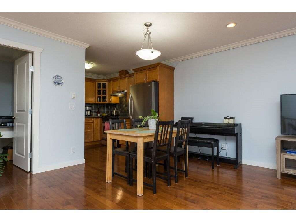Townhouse at 7 14921 THRIFT AVENUE, Unit 7, South Surrey White Rock, British Columbia. Image 12