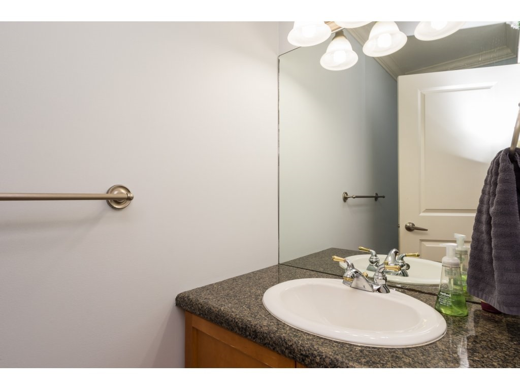 Townhouse at 7 14921 THRIFT AVENUE, Unit 7, South Surrey White Rock, British Columbia. Image 14