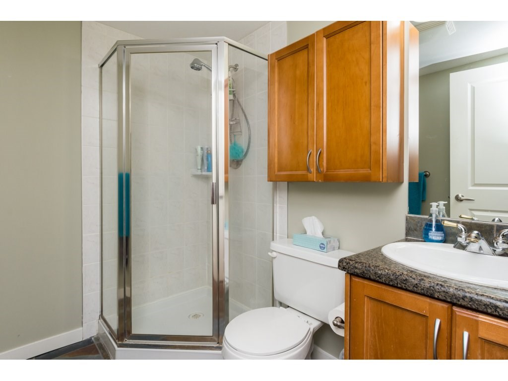 Townhouse at 7 14921 THRIFT AVENUE, Unit 7, South Surrey White Rock, British Columbia. Image 16