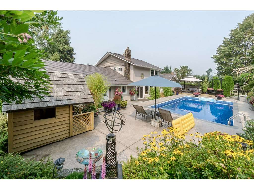 Detached at 7444 184 STREET, Cloverdale, British Columbia. Image 2