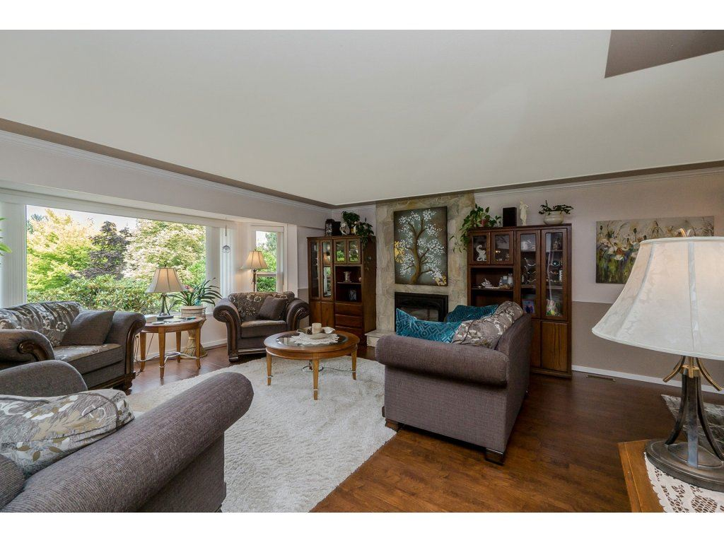 Detached at 7444 184 STREET, Cloverdale, British Columbia. Image 3