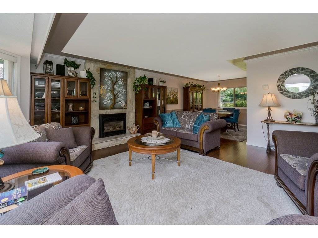 Detached at 7444 184 STREET, Cloverdale, British Columbia. Image 4