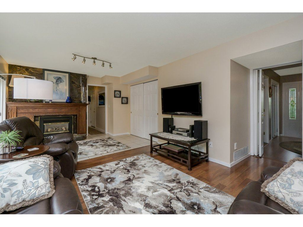 Detached at 7444 184 STREET, Cloverdale, British Columbia. Image 9