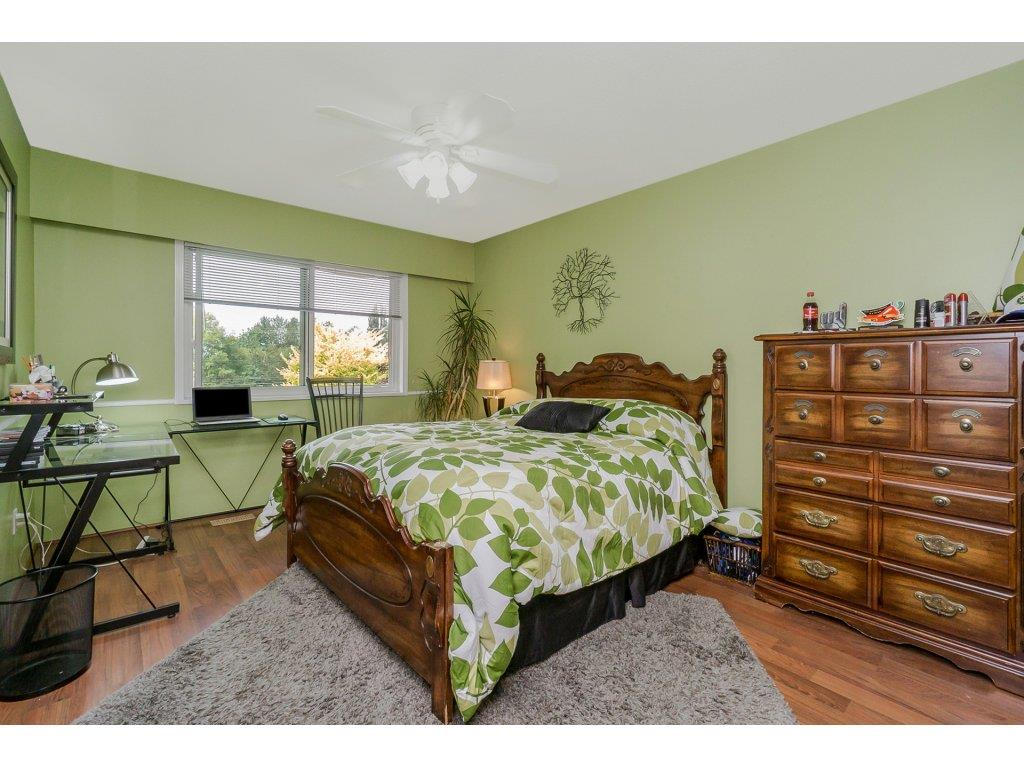 Detached at 7444 184 STREET, Cloverdale, British Columbia. Image 12