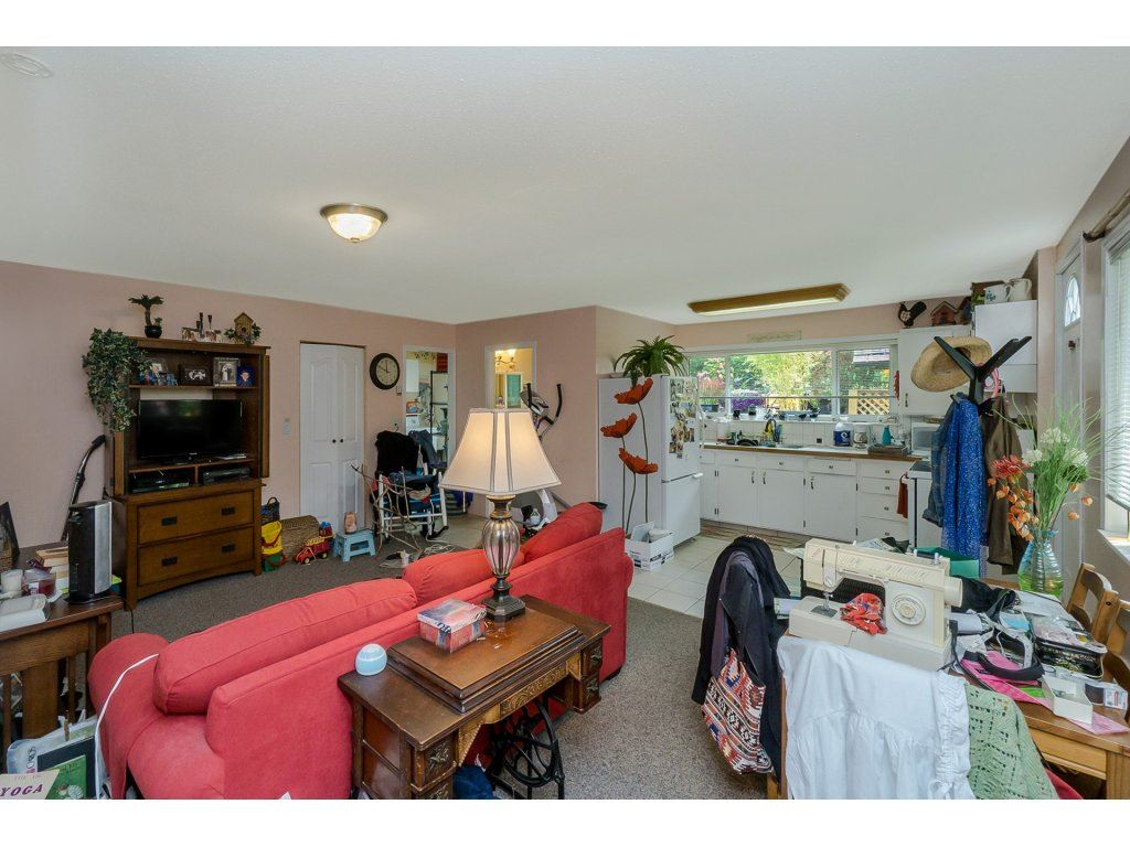 Detached at 7444 184 STREET, Cloverdale, British Columbia. Image 15