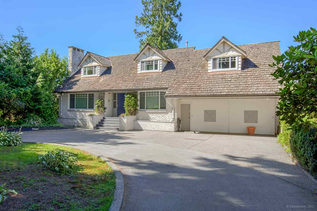 Detached at 901 COTTONWOOD AVENUE, Coquitlam, British Columbia. Image 1