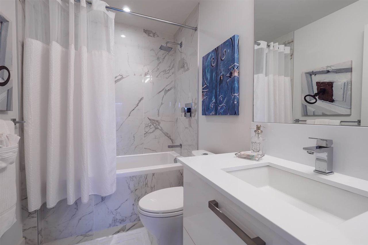 Condo Apartment at 202 5688 WILLOW AVENUE, Unit 202, Vancouver West, British Columbia. Image 4