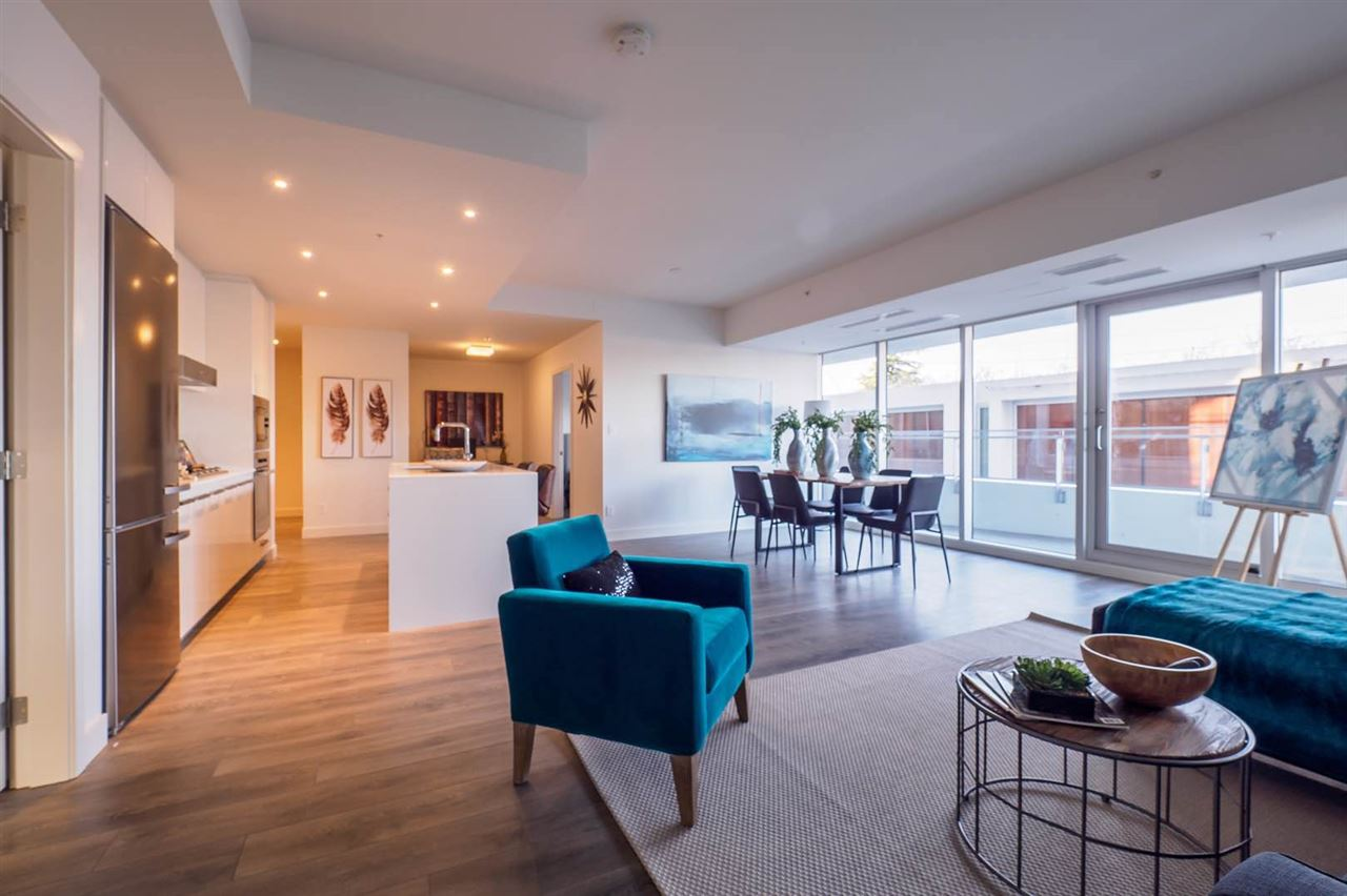 Condo Apartment at 202 5688 WILLOW AVENUE, Unit 202, Vancouver West, British Columbia. Image 8